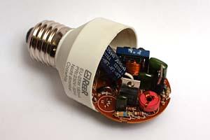 Schema Elettrico Per Tubo Al Neon : Bromografo uv per circuiti stampati realizzato con uno scanner