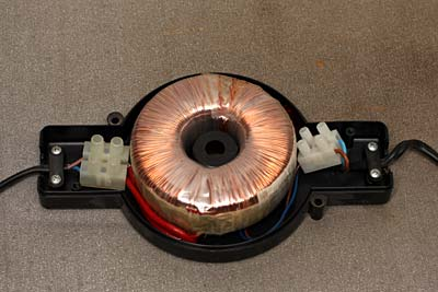 Schema Elettrico Lampada Led 220v : Come realizzare lampade v hz a led by roberto chirio