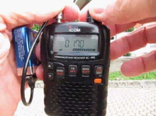 VIDEO AVI  Prova di ascolto con ICOM IC-R5 con antenna Chirio Mini Whip 9V battery