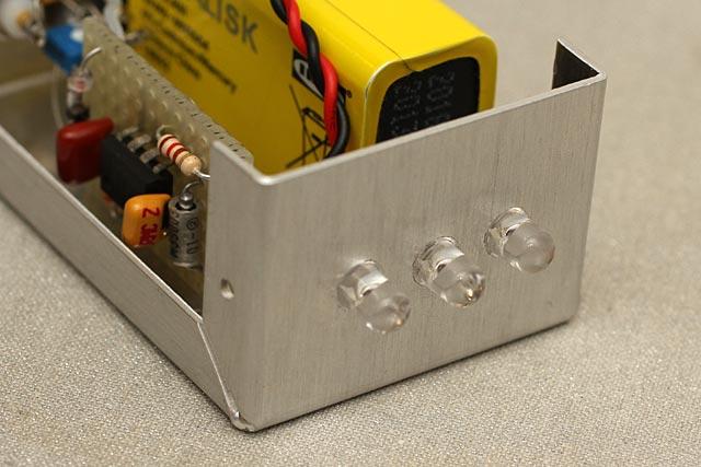 Schema Elettrico Per Accensione Led : Rilevatore di campo radiofrequenza a led by roberto chirio